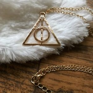 Jewelry - 5/$25 🔺Harry Potter Deathly Hallows Symbol J1054